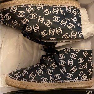 Chanel Logo Black/White Espadrilles Lambskin SZ 38